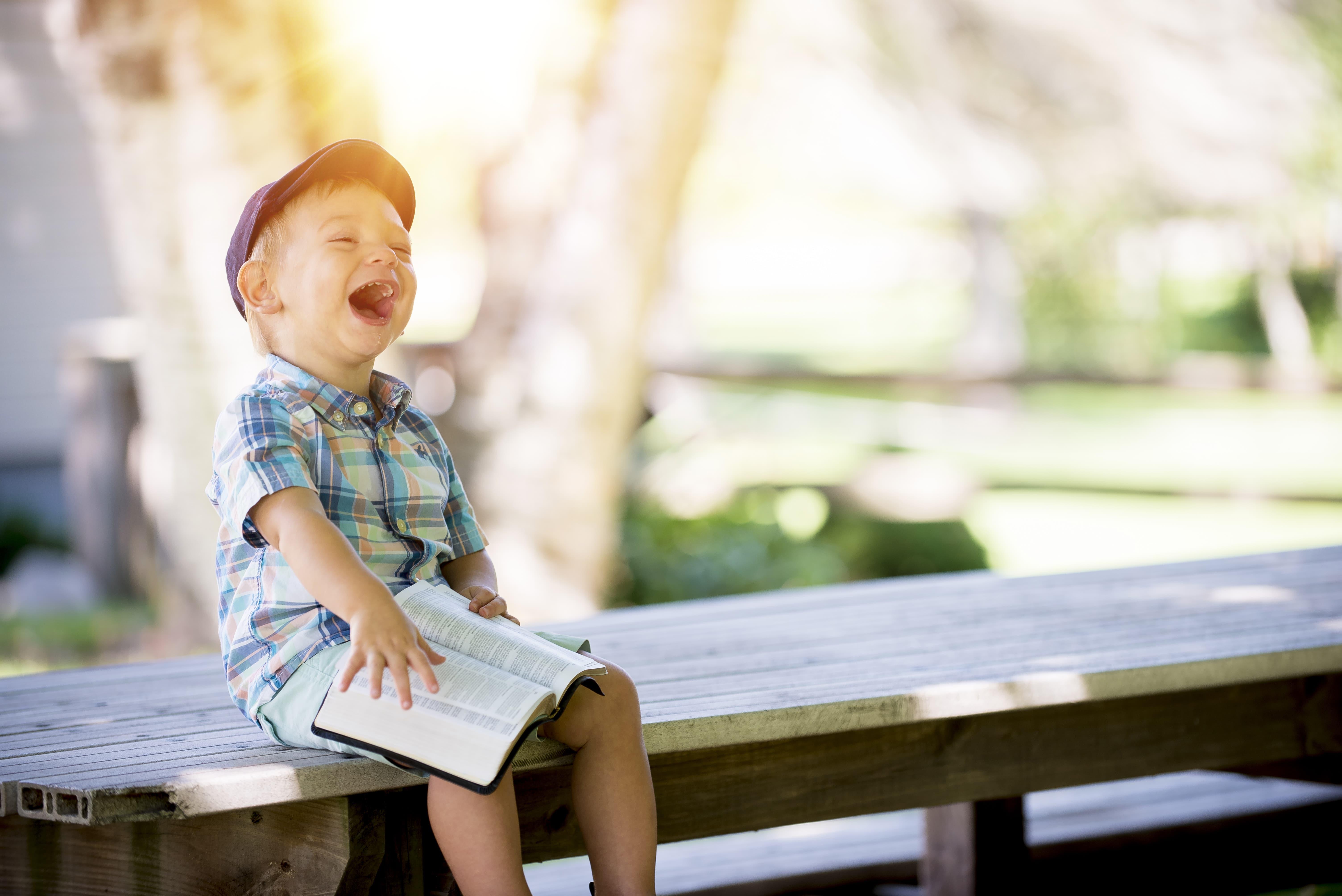 7 Choses Que Les Enfants Peuvent Nous Enseigner à Propos Du Bonheur