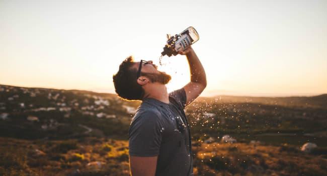 La Meilleure Façon De Savoir Si Vous Buvez Assez D'eau