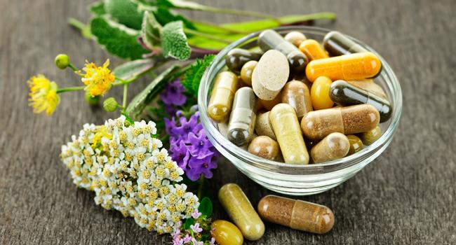 Produits naturels et suppléments: oui ou non? Voici l'avis d'un pharmacien
