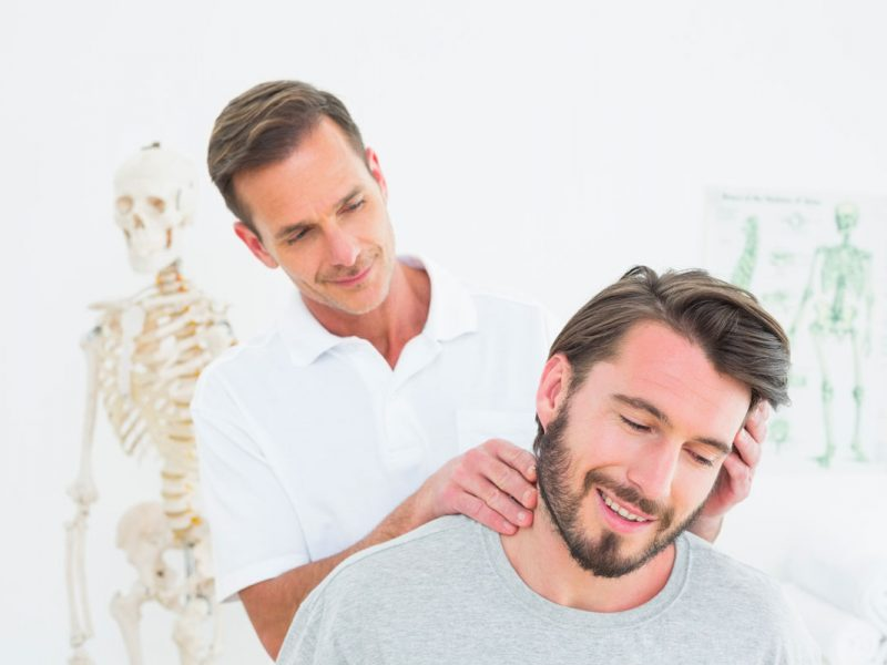 monchiro-maux-de-tete-traitement-cou-chiropraticien