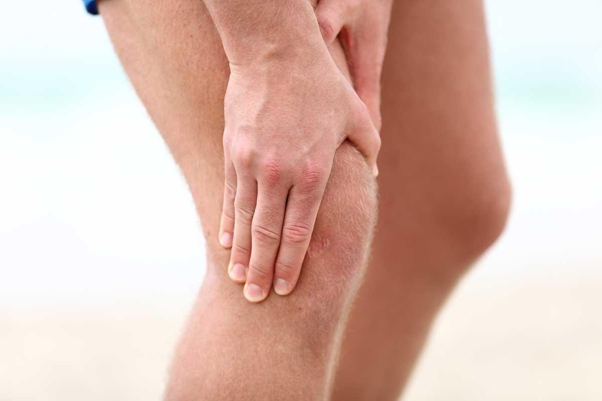 Douleur au genou? Quoi faire pour éviter le pire.